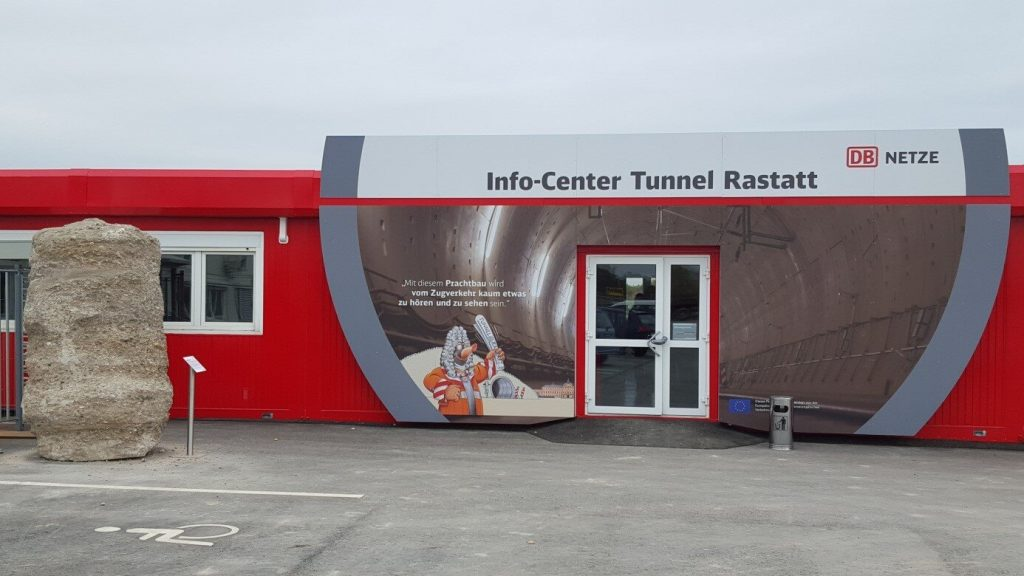 Info-Center der DB in Ötigheim