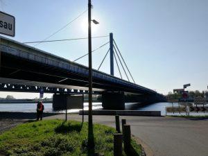 Rheinbrücke Maxau im Zuge der B 10