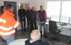Bild 1: Geschäftsführer Herr Ruf stellt das Anlagenkonzept vor